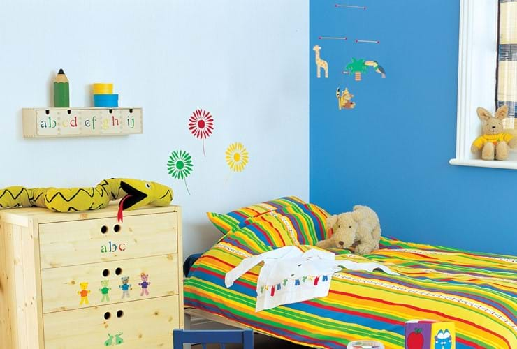New baby's room decorating tips